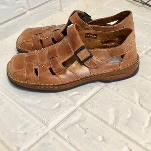 NWOB size 38 Josef Seibel leather sandals